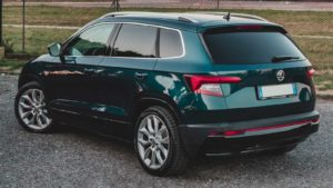 Kannattaako käytettyyn autoon ostaa lisäturva tai -takuu?